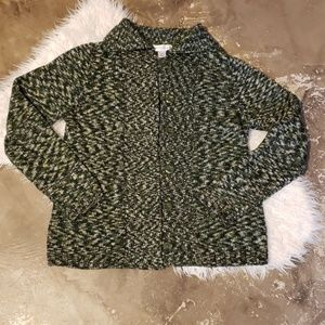 Green long sleeve sweater Medium EUC